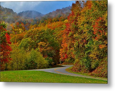 Scenic Drive Metal Print by Dennis Nelson