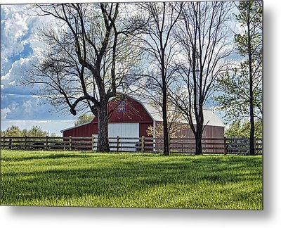 Metal Print featuring the photograph Schooler Road Barn by Cricket Hackmann