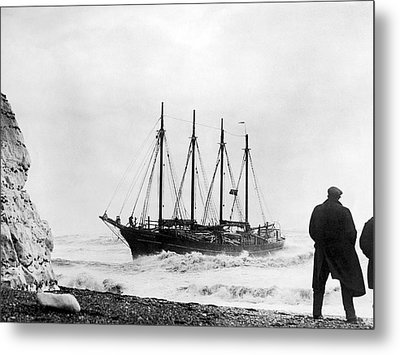 Schooner Shipwreck Metal Print by Underwood Archives