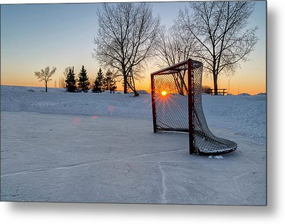 Metal Print featuring the photograph Scoring The Sunset 2 by Darcy Michaelchuk