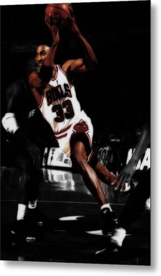 Scottie Pippen On The Move Metal Print by Brian Reaves