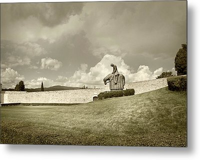 Sculpture - Assisi Metal Print by John Hix