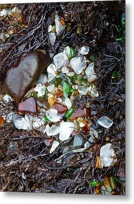 Sea Glass Nest Metal Print