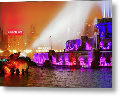 Seahorse In The Fog - Buckingham Fountain - Chicago Metal Print by Scott Campbell