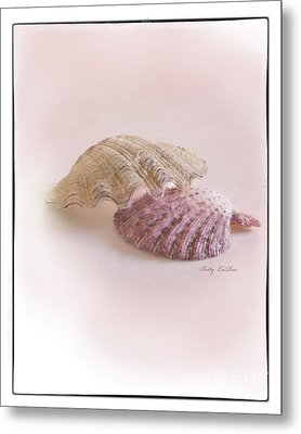 Seashell Love Metal Print