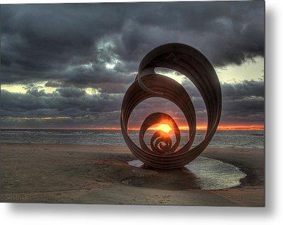 Seashell Sunset Metal Print by Aran Smithson