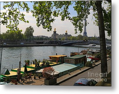 Seine Barges In Paris In Spring Metal Print by Louise Heusinkveld