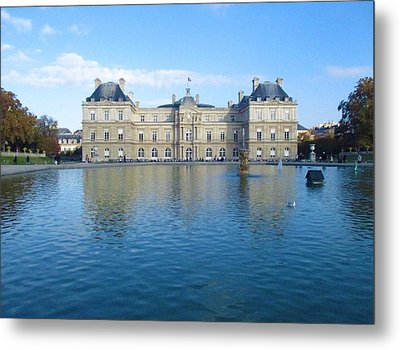Metal Print featuring the photograph Senat From Jardin Du Luxembourg by Christopher Kirby