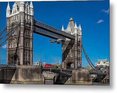 Seven Seconds - The Tower Bridge Hawker Hunter Incident  Metal Print by Gary Eason