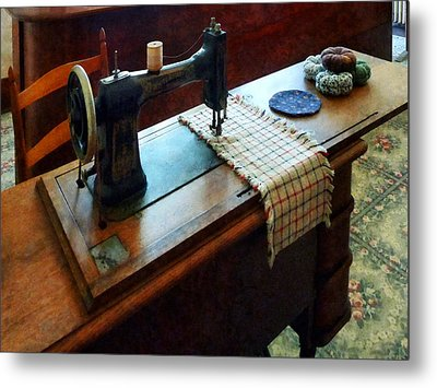 Sewing Machine And Pincushions Metal Print by Susan Savad