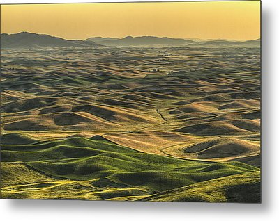Shades Of The Palouse Metal Print by Mark Kiver