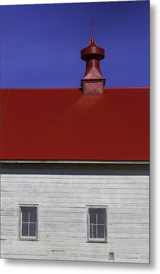 Shaker Red Roof Metal Print by Garry Gay
