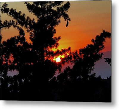 Shangrila Sunset Metal Print by Jack Eadon