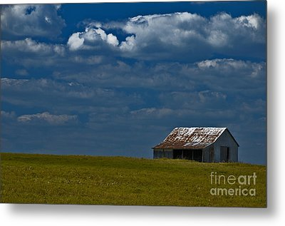 Shed In The Light Metal Print by Susan Yates