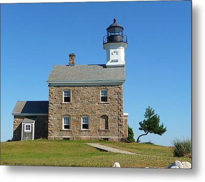 Sheffield Lighthouse Metal Print by Margie Avellino