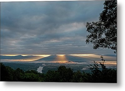 Metal Print featuring the photograph Shenandoah Valley First Light by Lara Ellis