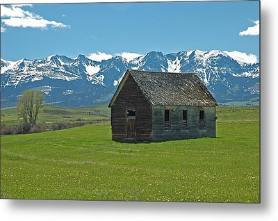 Metal Print featuring the photograph Shields Valley Abandoned Farm Ranch House by Bruce Gourley