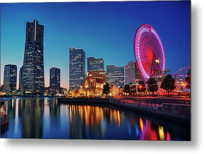 Metal Print featuring the photograph Shine On You Crazy Ferris Wheel by Peter Thoeny