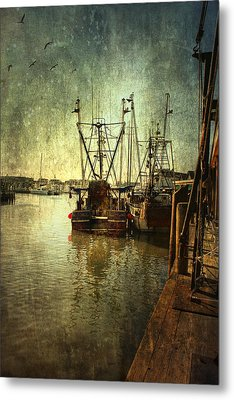 Ships Docked Metal Print by John Rivera