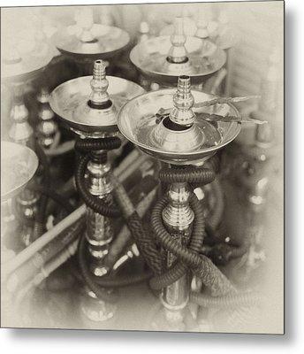 Shisha Pipes In Qatar Retro Metal Print by Paul Cowan