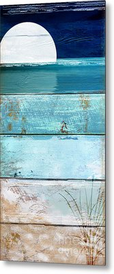 Shore And Moonrise Metal Print by Mindy Sommers
