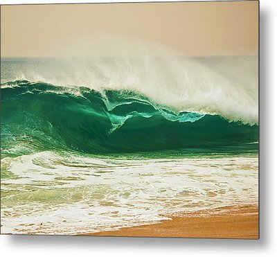 Shore Break Metal Print