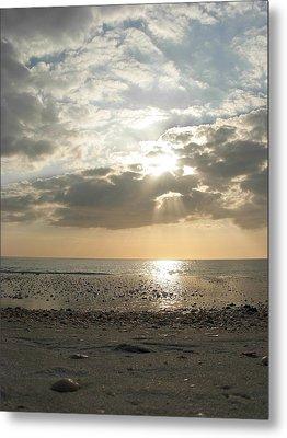 Shore Rays Metal Print