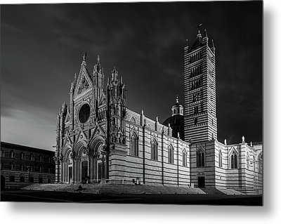 Siena Italy Cathedral Bw Metal Print by Joan Carroll