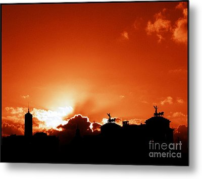 Silhouette Of Rome Against A Sunset Sky Metal Print by Stefano Senise