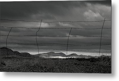 Metal Print featuring the photograph Simple West by Al Swasey
