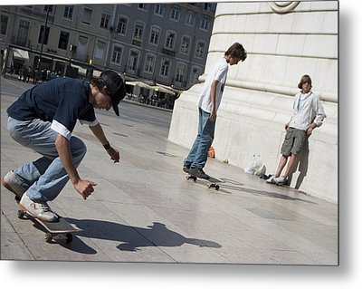 Skateboarder In Lisbon Metal Print by Carl Purcell