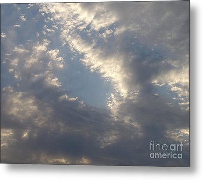Metal Print featuring the photograph Sky 2 by Rod Ismay