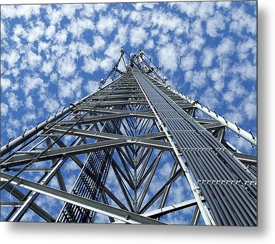 Metal Print featuring the photograph Sky Tower by Robert Geary