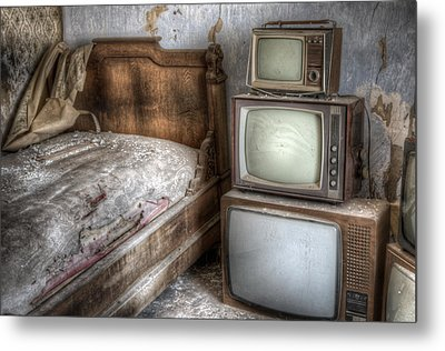 Sleep Tv's Metal Print by Nathan Wright