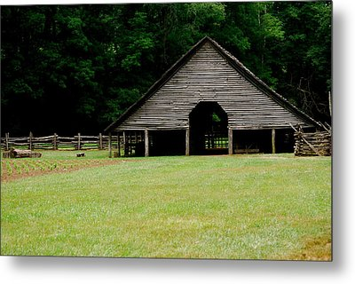 Smokey Mountain Barn Metal Print by Kimberly Camacho