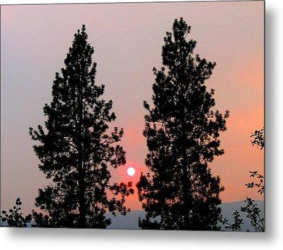 Smokey Okanagan Sunset Metal Print by Will Borden