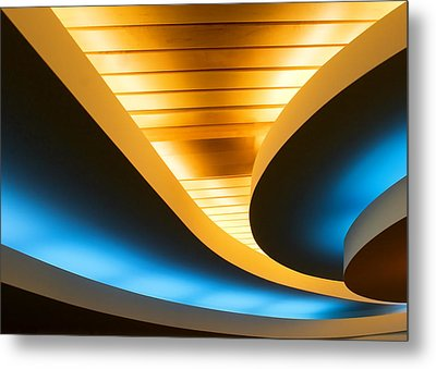 Smooth Curves Metal Print by Todd Klassy
