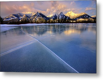 Metal Print featuring the photograph Smooth Ice by Dan Jurak