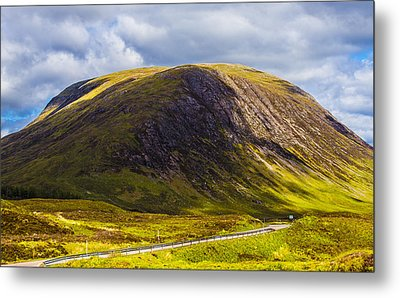 Metal Print featuring the photograph Smooth-top Mountain by Steven Ainsworth