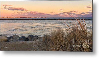 Metal Print featuring the photograph Smugglers Beach Sunset II by Michelle Wiarda