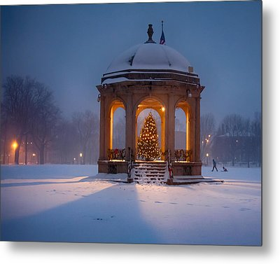 Snowy Night On The Salem Common Metal Print by Jeff Folger