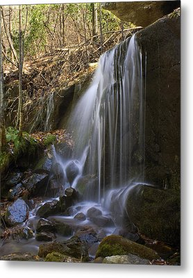 Metal Print featuring the photograph Soft Falls by Alan Raasch