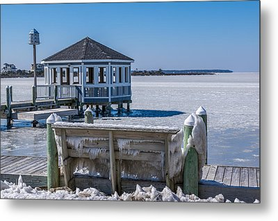 Soundside Ice Metal Print by Gregg Southard