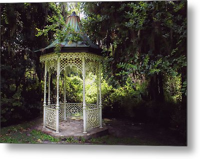 Metal Print featuring the photograph Southern Charm by Jessica Brawley