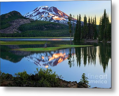 Sparks Lake Sunrise Metal Print by Inge Johnsson