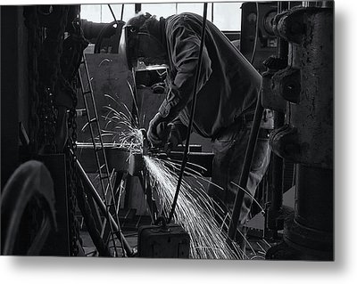 Metal Print featuring the photograph Sparks by Tom Singleton