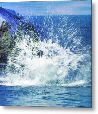 Splash Metal Print by Anna Villarreal Garbis