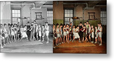 Metal Print featuring the photograph Sport - Boxing - Fists Of Fury 1924 - Side By Side by Mike Savad