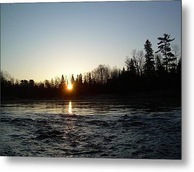 Metal Print featuring the photograph Spring Sunrise Over Mississippi River by Kent Lorentzen