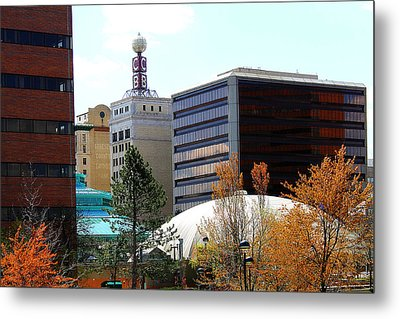 Spring Tine In Downtown Flint Michigan Metal Print